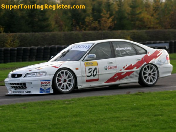 Simon Blanckley @ Croft, Nov 2005