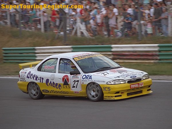 Robb Gravett @ Brands Hatch, Aug 1995