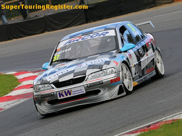 Simon Garrad, Brands Hatch, Jul 2016